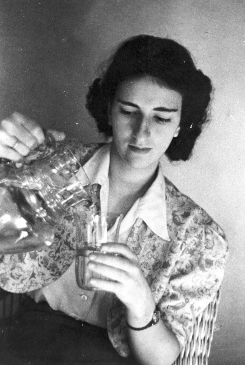 Marianne Rendsburg, geb. Rosenbaum, 1939/40.